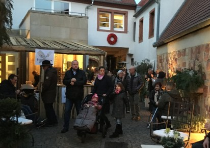 Advents Weinfest Birkweiler Weinwinter in den Winzerhöfen Weingut Kleinmann